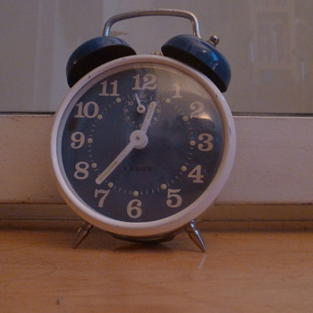 Vintage German Rodon 1960's alarm clock. - Clocks