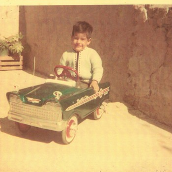 My pedal car on 1966