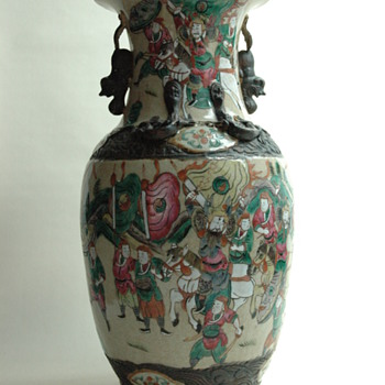 large antique chinese NANKIN pottery vase with warrior scene.