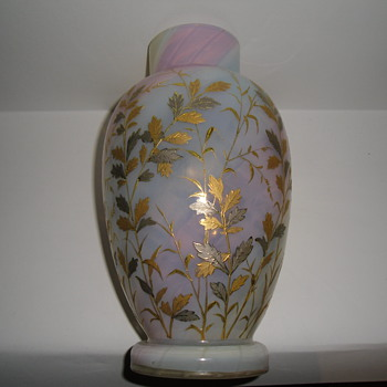 loetz rainbow opalizing vase painted with gold and platinum