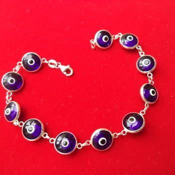 Blue Evil Eye Bead Bracelet