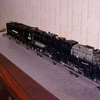 Lionel Challenger 4-6-6-4 JLC O-Gange - Model Trains