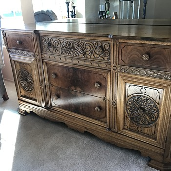 Grandma's table & buffet - Furniture