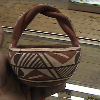 Native American Twisted Handle Pot or Bowl - Native American