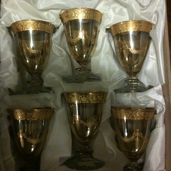 Gold Wine Glasses ? - Glassware