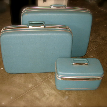 My Samsonite Silhouette 3 Pc Set in Sky Blue-Vintage Awesomeness!