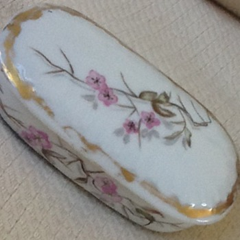 Antique Limoges trinket box