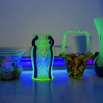 Vaseline/uranium glass 1 - Art Glass