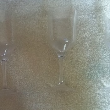 Vilca wine glasses