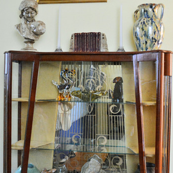 $25.00 display cabinet - Furniture
