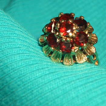 An Unusual shape Garnet Ring very Artistic!!