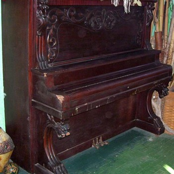Old Piano - Music