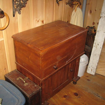 Some more country pine .... - Furniture