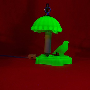 Green Uranium Satin Glass Bird Lamp
