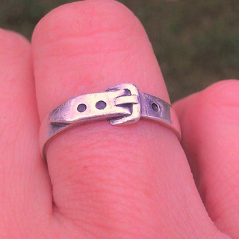 English silver buckle ring?