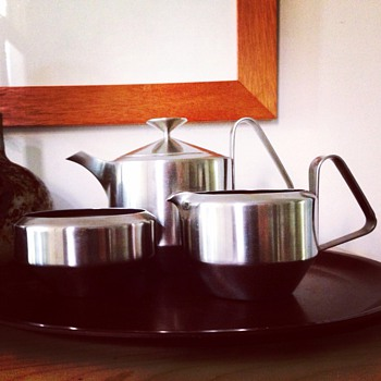 Robert Welch Old Hall 'Alveston' tea set. Stainless 1963 - Mid-Century Modern