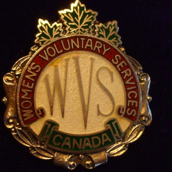 Rare & Interesting CANADIAN W.W. II VOLUNTEERING ARTIFACT-BADGE