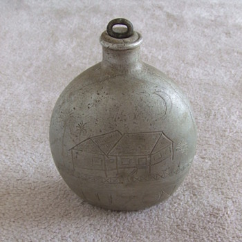 WW2 Captured Japanese Canteen with Trench Art Engraving - Military and Wartime