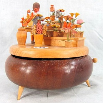 Swiss Music Box, Quite Unusual, Carved Wood - Music