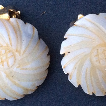 Antique Carved mother of pearl earrings - Fine Jewelry