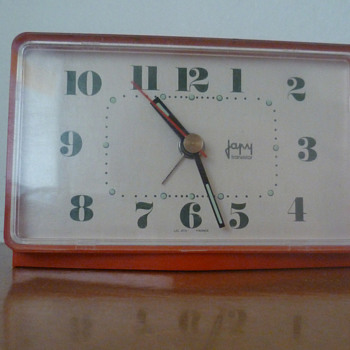 Vintage 1970's French JAPY alarm clock.
