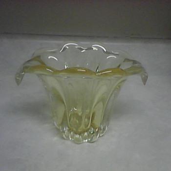 YELLOW FLOWER VASE - Art Glass