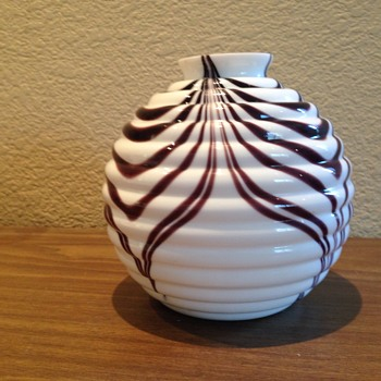Black and white pulled pattern - Art Glass