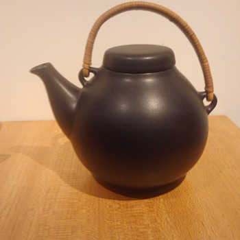 ULLA PROCOPE GA TEAPOT - ARABIA