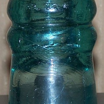 Brookfield Cauvet Insulator