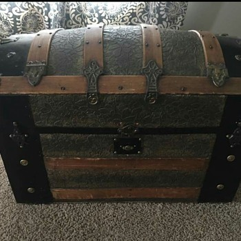 Looking for info on this trunk.