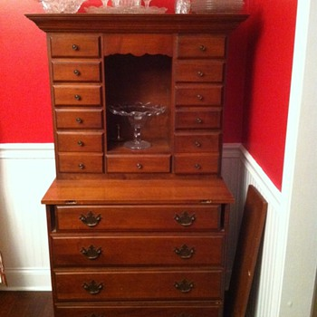 Gorgeous Hutch/Secretary of My Moms - Furniture