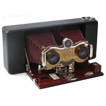 Celebrating Early Stereo Roll film Cameras  the Blair Stereo Hawkeye Model No.2