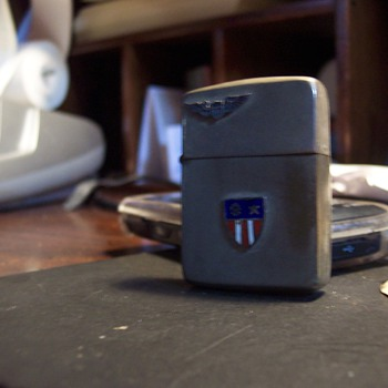 WWII lighter ? - Military and Wartime