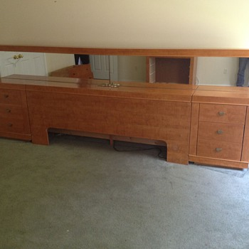 LANE RETRO BURLWOOD KING SIZE/HEADBOARD With NIGHT STANDS & ARMOIRE