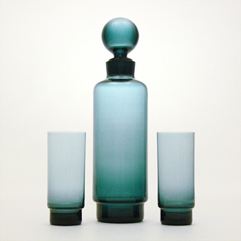 Mistery blue decanter and matching glasses - Art Glass