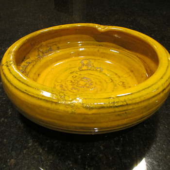Raymor oh Raymor - Art Pottery