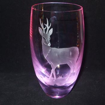 CAITHNESS GLASS - NEODYMIUM (Alexandrite) STAG VASE