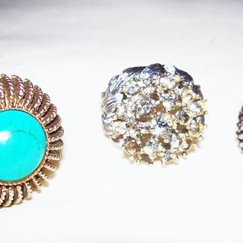 These are a few of my favorite rings... - Costume Jewelry