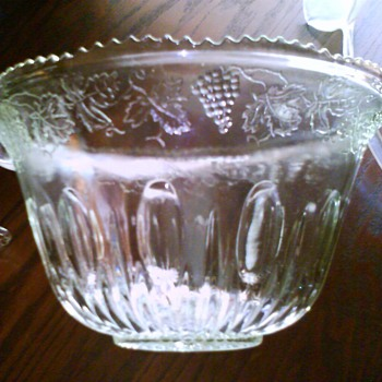 cut glass punch bowl / HELP ME APPRAISIAL - Glassware