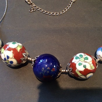 Hand painted necklace  - Costume Jewelry