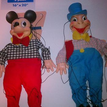 7 Vintage Marionettes