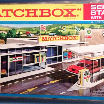Matchbox 1970 Boxed Toy Plastic Petrol Station - Toys