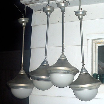 ELETRIC FICTURES FOR GAS FILLED LAMPS