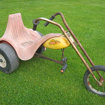 Vintage chopper pedal-trike ride-on toy AMF-Junior Hot Seat - Sporting Goods