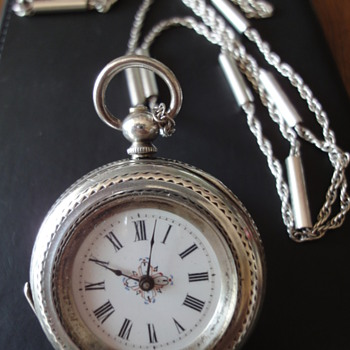 Victorian silver pocket watch and sterling silver chain - Pocket Watches