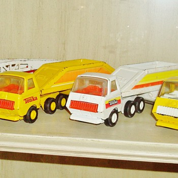 &#039;60s Tonka Fire Truck and Dump Trucks