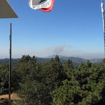 Photos of a Fire From The Historic Twin Peaks Fire Lookout