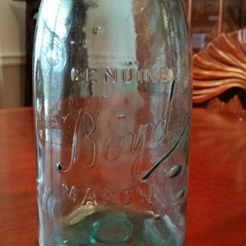 Boyd's Genuine 1/2 Gallon Mason Jar w/Ball lid c1859 - Glassware