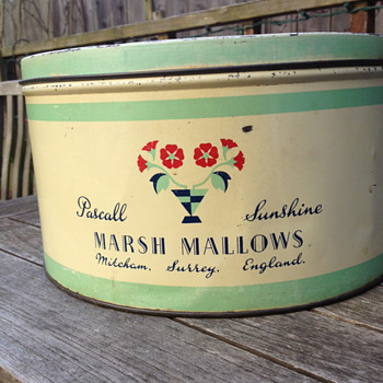 Pascall Sunshine Marsh Mallow Tin