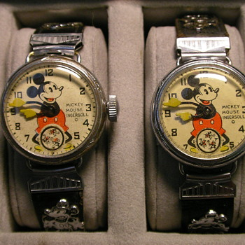 Two styles of wire lugs Mickey Mouse wristwatches